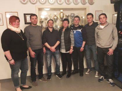Der neue Vorstand: S. Schmidt, L. Berger, S. Schick, M. Schick, M. Schneider, S. Schick und J. Textor (v.l.). Foto: nh