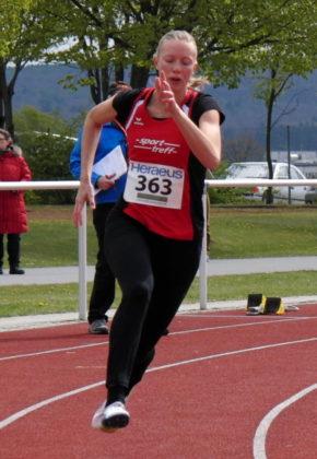 Katharina Wagner auf dem Weg zum Sieg über 150 Meter. Foto: nh