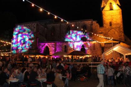 Die Totenkirche wird zum Festivalgelände beim Fest der Kulturen. Foto: Stadt Schwalmstadt