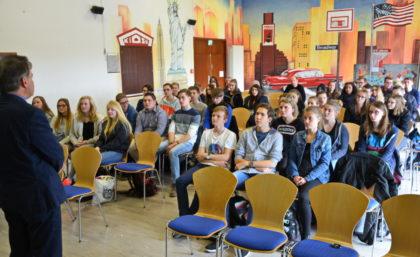Abiturientenforum an der Ursulinenschule. Foto: nh