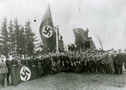 Der 30. Januar 1933 auf dem Homberger Burgberg, Fotografie. Foto: Archiv Oskar Breiding, Homberg