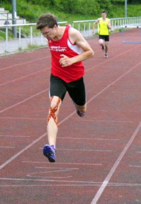 Tobias Stang holte die Titel über 400m Hürden und im Dreisprung. Foto: nh