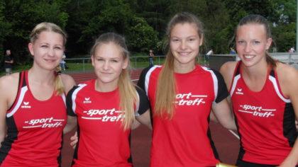 Rabea Pöppe, Franziska Ebert, Nele Grenzebach und Katharina Wagner holten sich bei den Landesmeisterschaften nicht nur die Silbermedaille über 4x400 Meter, sondern unterboten auch die Norm für die deutschen Meisterschaften in Leverkusen. Foto: nh