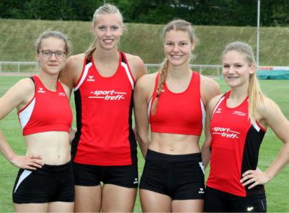 Lynn Olson, Katharina Wagner, Nele Grenzebach und Franziska Ebert verteidigten erfolgreich ihren Vorjahrestitel über 4x100 Meter. Foto: Lothar Schattner