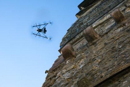 Eine Drohne im Einsatz. Foto: Kreishandwerkerschaft Schwalm-Eder/nh