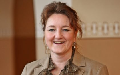Christina Schöllhorn, Obermeisterin der Raumausstatter- und Sattler-Innung Hessen-Nord. Foto: nh