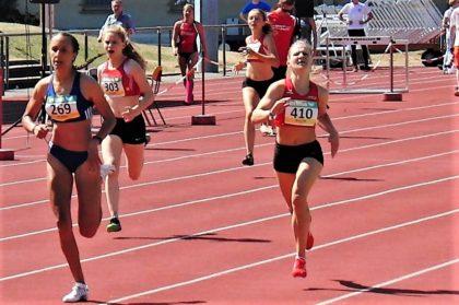 Franziska Ebert verbesserte sich als Zweite über 400 Meter der WU18 auf 59,38 Sekunden. Foto: nh