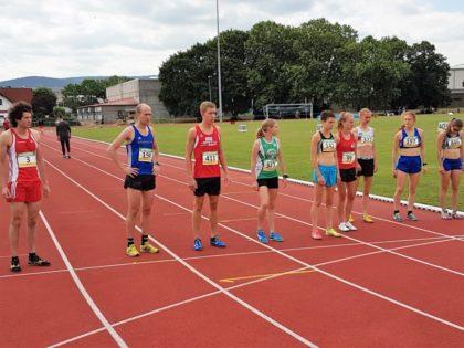 Gemeinsamer Start der Männer und Frauen über 5000 Meter. Foto: nh