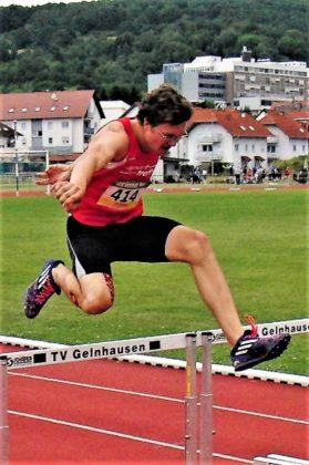 Schade, dass Tobias Stang Schwierigkeiten mit seinem Schrittrhythmus hatte, sonst wäre eine Zeit unter 59 Sekunden möglich gewesen. Foto: nh