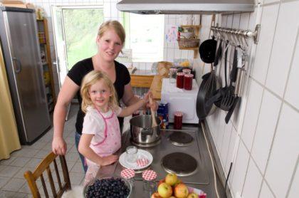 Marmelade kochen mit Kindern. Foto: nh