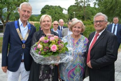 Der neue Lions-Präsident Dr. Hans-Peter Eisele mit Marianne Berent, Ehefrau Sigrid und seinem Amtsvorgänger Arved Berent (v.l.). Foto: nh