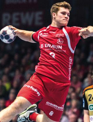 Junioren-Nationalspieler Johannes Golla mit dem Creditreform-Aufdruck auf der Spielkleidung. Foto: Alibek Käsler