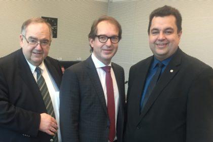 Bernd Siebert, Alexander Dobrindt und Thomas Viesehon. Foto: nh