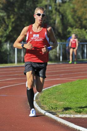 Lorenz Funck durchbrach mit 15,44 Minuten zum ersten Mal die 16-Minuten-Schallmauer über 5000 Meter. Foto: nh