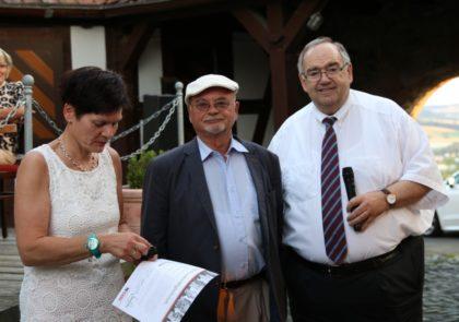 Mehr als ein halbes Jahrhundert im Einsatz für die Union – Dr. Wulf Schönbohm mit der Stadtverbandsvorsitzenden Claudia Ulrich und dem CDU-Kreisvorsitzenden Bernd Siebert, MbB. Foto: nh