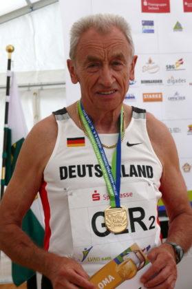 Harry Geier sicherte sich die Bronzemedaille über 400 m in der M80. Foto: nh
