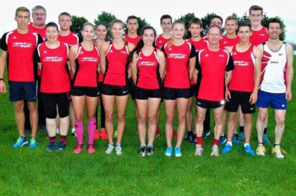 Das erfolgreiche Team aus Melsungen, das bei den 400m-Kreismeisterschaften in Borken überzeugte. Foto: nh