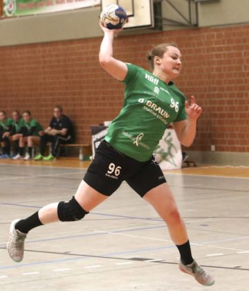 Kirchhofs Kreisläuferin Kim Chiara Mai spielt seit frühster Kindheit im Kirchhof-Trikot, nun spielt die Kreisläuferin wieder in der Zweiten Bundesliga. Foto: Ryszard Kasiewicz/SG 09 Kirchhof