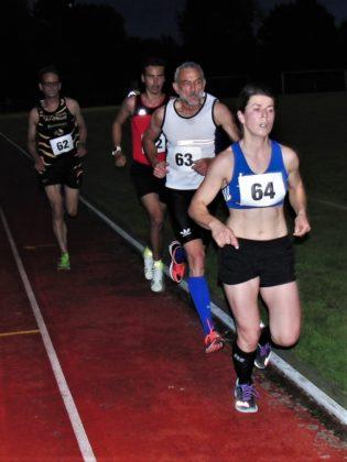 Eine gute Einstandsleistung im MT-Trikot zeigte Liesa Gläß, die sich im 5000-Meter-Lauf der W30 mit 20:13 Minuten souverän durchsetzte. Foto: nh