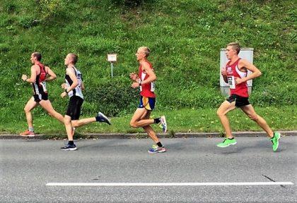 Nach der Hälfte der Strecke fiel der 20-Jährige etwas zurück, weil er relativ schnell begonnen hatte. Foto: nh