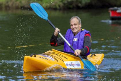 Jürgen Bargon im Kanu. Foto: Hephata