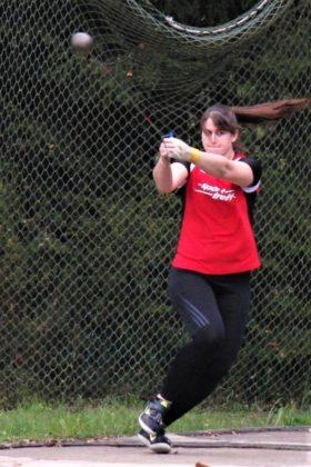 Lisa Arend kam im Hammerwerfen der Frauen auf 42,83 Meter und sicherte sich auch im Kugelstoßen den ersten Platz. Foto: nh