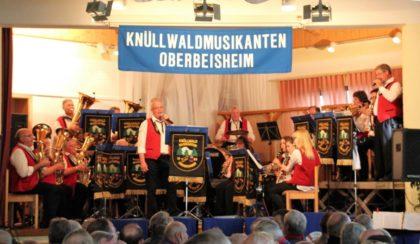 Die Knüllwaldmusikanten Oberbeisheim bei Ihrem Herbstkonzert. Foto: nh