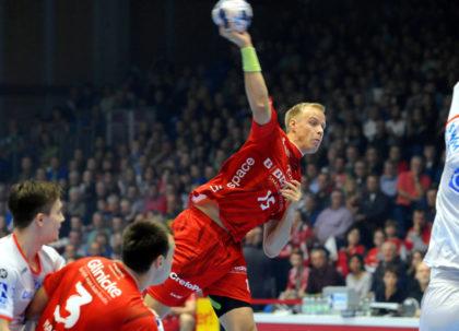 Lasse Mikkelsen, der mit seinem Tor zum 29:27 endgültig die Weichen auf Sieg stellte. Foto: Heinz Hartung