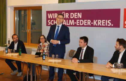 Thorsten Schäfer-Gümbel spricht in Schwalmstadt. Foto: Burkhard Walz