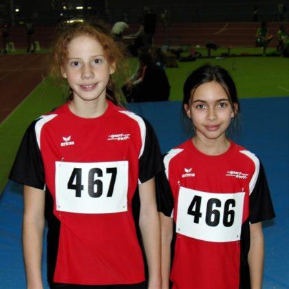 Pia Gille und Alessia Oglialoro überzeugten bei den Schülerinnen über 800 Meter. Foto: nh