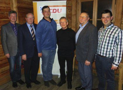 Bürgermeister Klemens Olbrich, Jürgen Lepper, Michael Kehr, Heinz Schorm, Werner Lepper und Matthias Wettlaufer. Foto: nh
