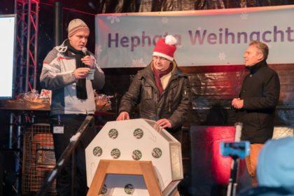 Johannes Fuhr, Stefan Pinhard und Maik-Dietrich-Gibhardt bei der Ziehung der Gewinner. Foto: nh