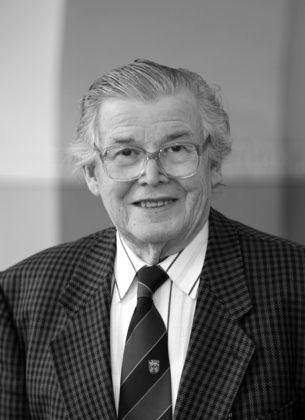 Ehrenobermeister Karl-Heinz Schott ist verstorben. Foto: Kreishandwerkerschaft Schwalm-Eder