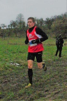 Lorenz Funck meldete sich als Doppelsieger bei den Crosslaufmeisterschaften eindrucksvoll zurück. Foto: nh