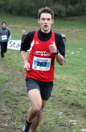 Auch Moritz Knaust lieferte auf der Langstrecke der Männer mit seiner Vizemeisterschaft ein starkes Rennen. Foto: Lothar Schattner