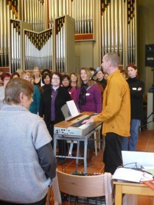 Mit einem Gospelworkshop am vorletzten März-Wochenende 2018 soll an die Begeisterung der letzten Workshops angeknüpft werden. Foto: nh