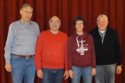 Der Vorstand der Knüllwaldmusikaten: Berthold Preßler, Frank Schmidt, Anja Eckel und Hans Michelbach (v.l.). Foto: nh