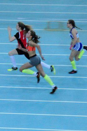 Vivian Groppe auf dem Weg zu ihrem Sieg in 8,24 Sekunden. Foto: nh