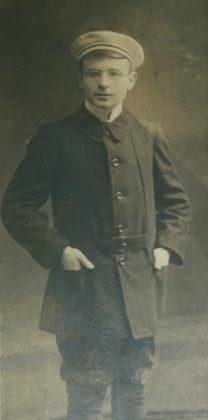 Leopold Löwenstein als Schüler, Fotografie, ca. 1913. Foto: Archiv Thomas Schattner