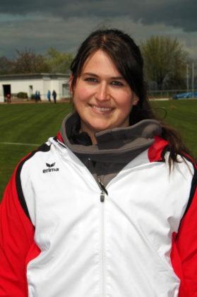 Lisa Arend durfte sich über ihren Titel bei den nordhessischen Meisterschaften im Hammerwerfen freuen. Foto: nh
