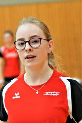 Fabienne Knöpfel sicherte sich im Hammerwerfen der U18 den zweiten Platz. Foto: nh