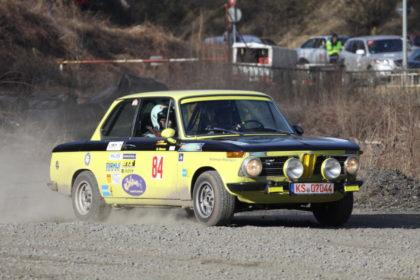 Favorit und Sieger der Retro-Rallye-Cup-Serie 2017 Rainer Schlesinger mit Beifahrer Horst Diemer. Foto: Christian Wassermann