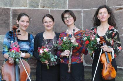 Anja Schmidt (Cello), Anna Palupski (Sopran), Judith Gerdes (Oboe) und Susanne Hermann (Violine, von links). Foto: nh