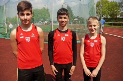 Aleksandar Velikov, Marcel Al-Batat und Justin Enis (v.l.). Foto: nh