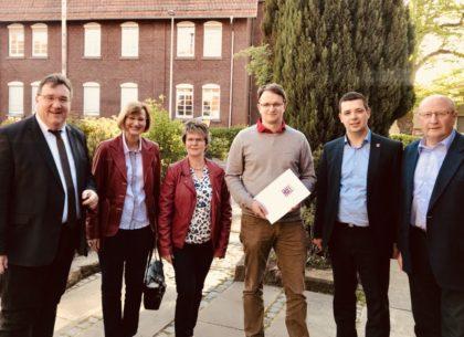 Europastaatssekretär Mark Weinmeister, Astrid Diedrichs, Gerlinde Sachs,Stefan Lotz, Matthias Wettlaufer und Jürgen Lepper (v.l.). Foto: nh
