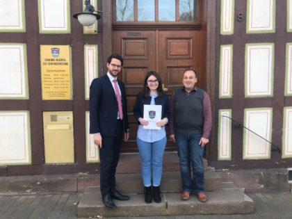 Bürgermeister Dr. Philipp Rottwilm, Kathrin Adam und Marco Dreher (v.l.): Foto: nh