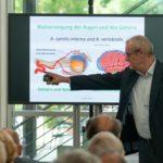 Dr. Ralf Lorenz beleuchtete Schlaganfall und Diagnostik aus augenärztlicher Sicht. Foto: nh