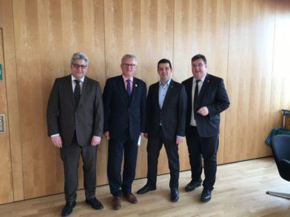 Bürgermeister Rainer Barth, Gesundheitsstaatssekretär Dr. Wolfgang Dippel, CDU-Landtagskandidat Matthias Wettlaufer und Europastaatssekretär Mark Weinmeister (v.l.). Foto: nh