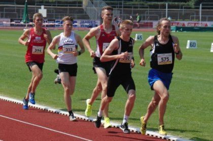 Lorenz Funck, zu Beginn des 5000m-Rennen noch an fünfter Stelle, sicherte sich die Bronzemedaille. Foto: nh