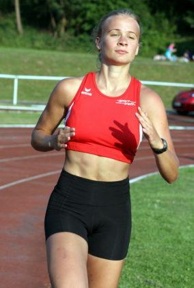 Mit 2:28,27 Minuten lief die 19-jährige Sophie Wagner die Tagesbestzeit. Foto: nh